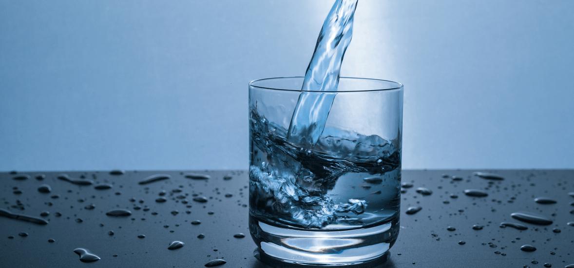dystrybutor-wody-do-domu-min (1)